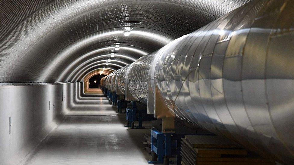 Detector de ondas gravitacionales en Italia.