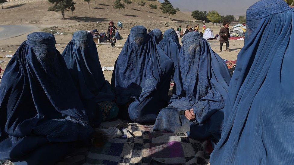 Mujeres afganas desplazadas, 19 de octubre de 2016.