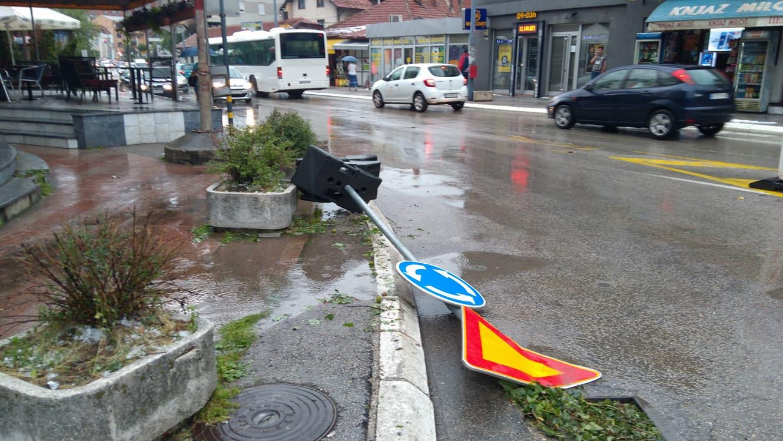 Grad je izazvao veliku štetu u Užicu