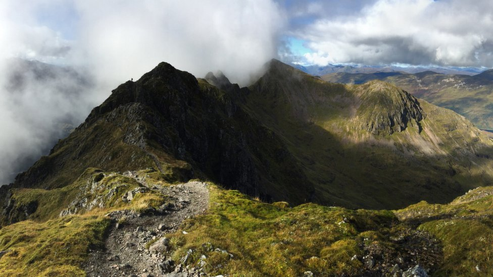 Woman relives ordeal on Glen Coe's Aonach Eagach Ridge