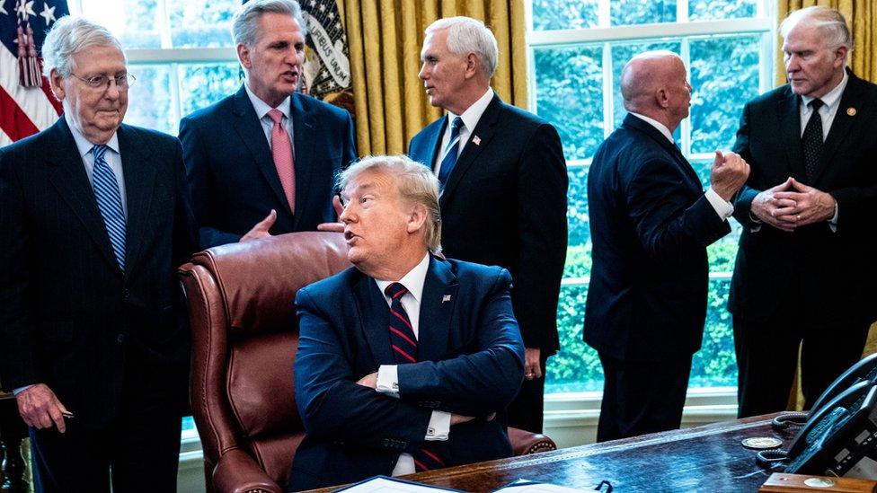 Donald Trump y otros líderes republicanos