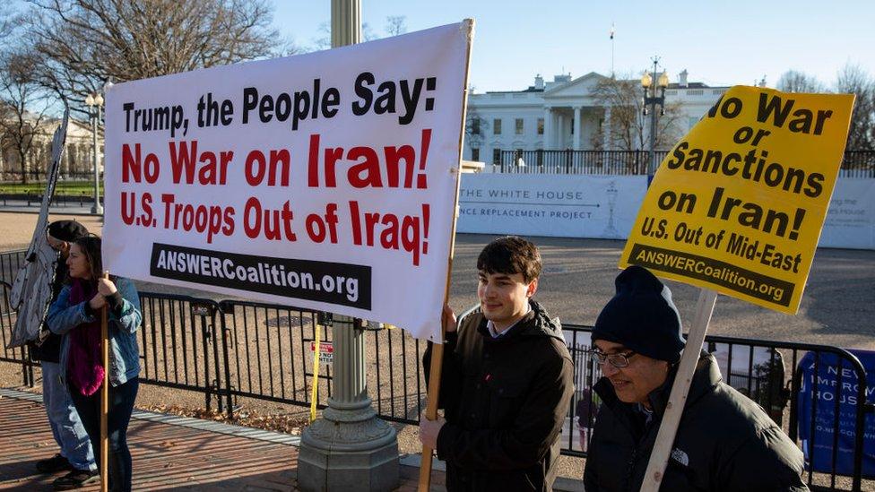 ABD'de savaş karşıtları Beyaz Saray önünde protesto yaptı