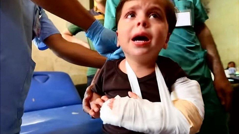 Niño en un hospital clandestino.