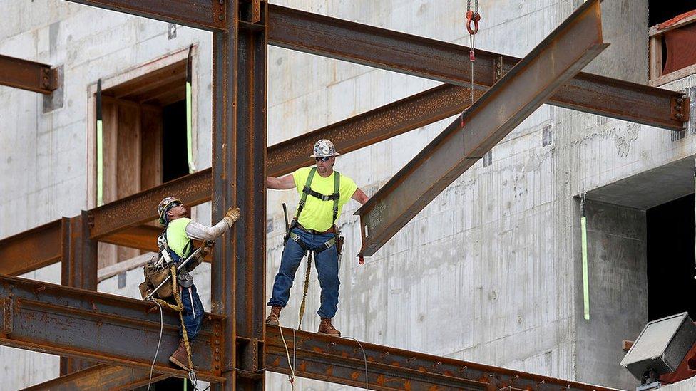 Construcción de un edificio en Miami