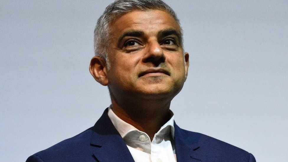London Mayor Sadiq Khan to seek second term