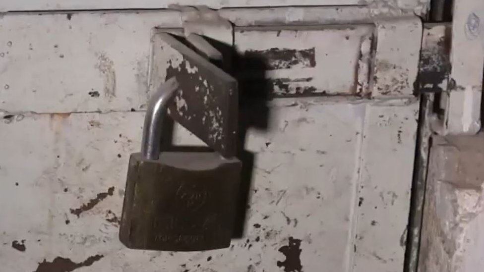 Prisión de Estado Islámico en Raqa