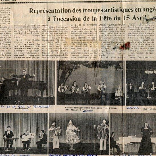 Recorte de periódico que muestra a Pastorita en Corea del Norte.