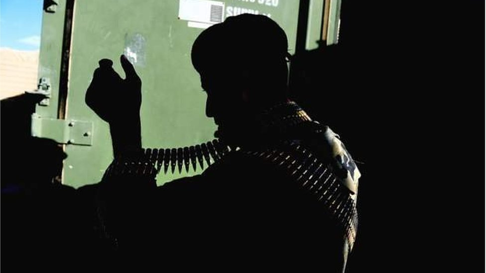 silahlı savaşçı