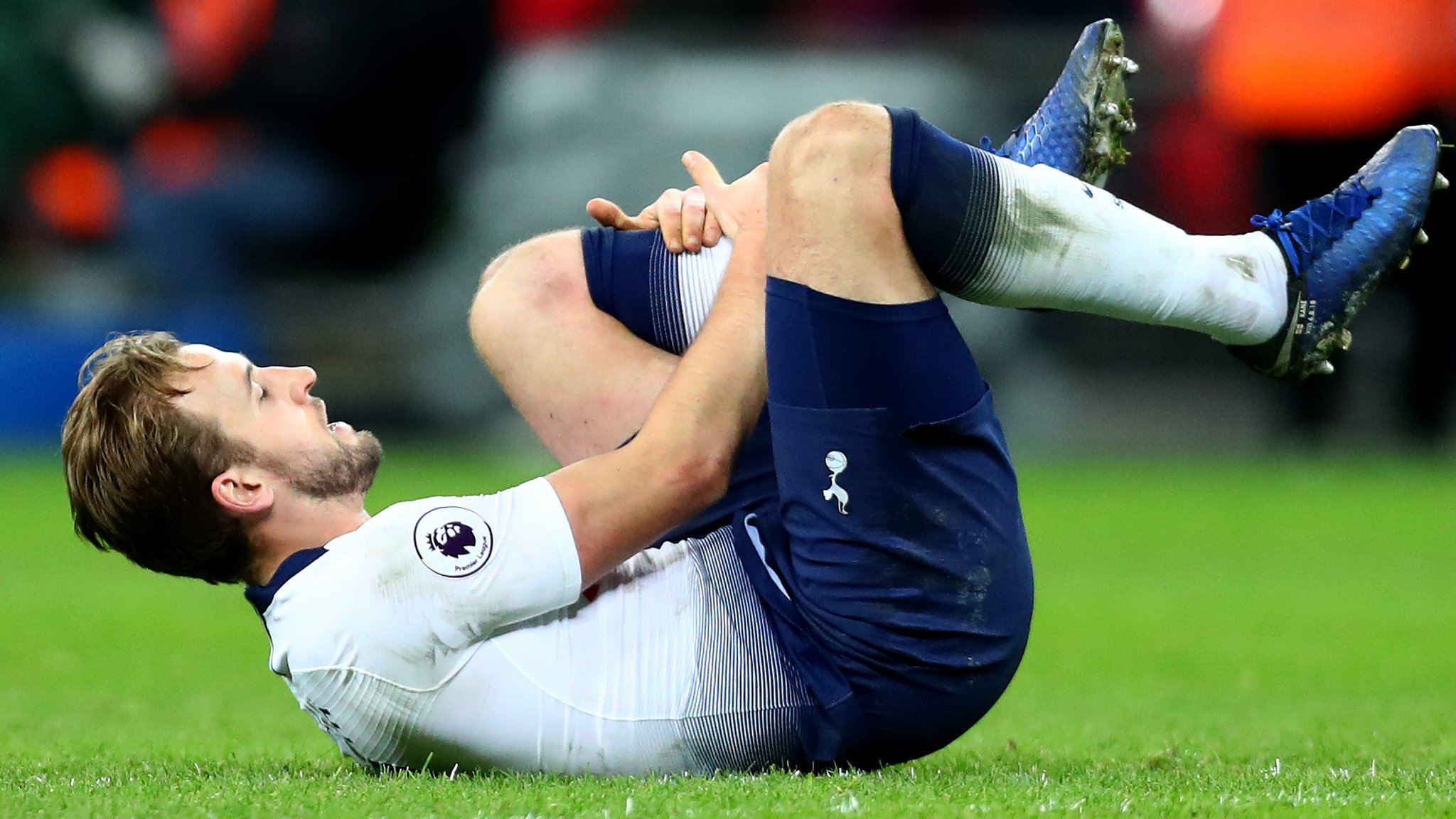 Harry Kane: Tottenham striker out until March with ankle injury