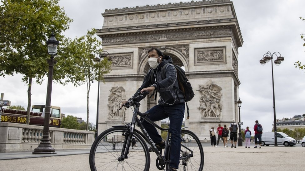 France Covid 19 Paris Compulsory Face Mask Rule Comes Into Force Bbc News