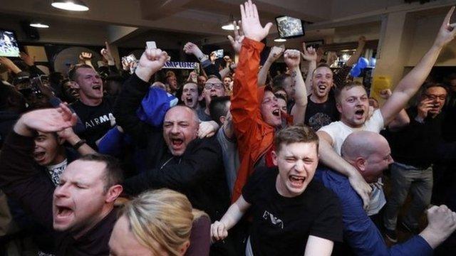 Fans celebrate second Chelsea goal