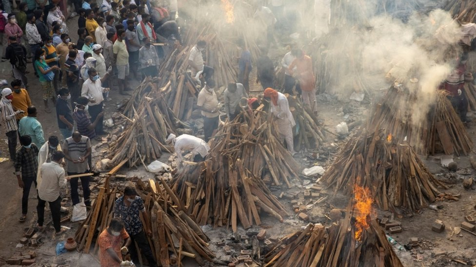 People cremate their relatives
