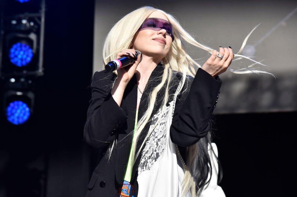 Ava Max in concert