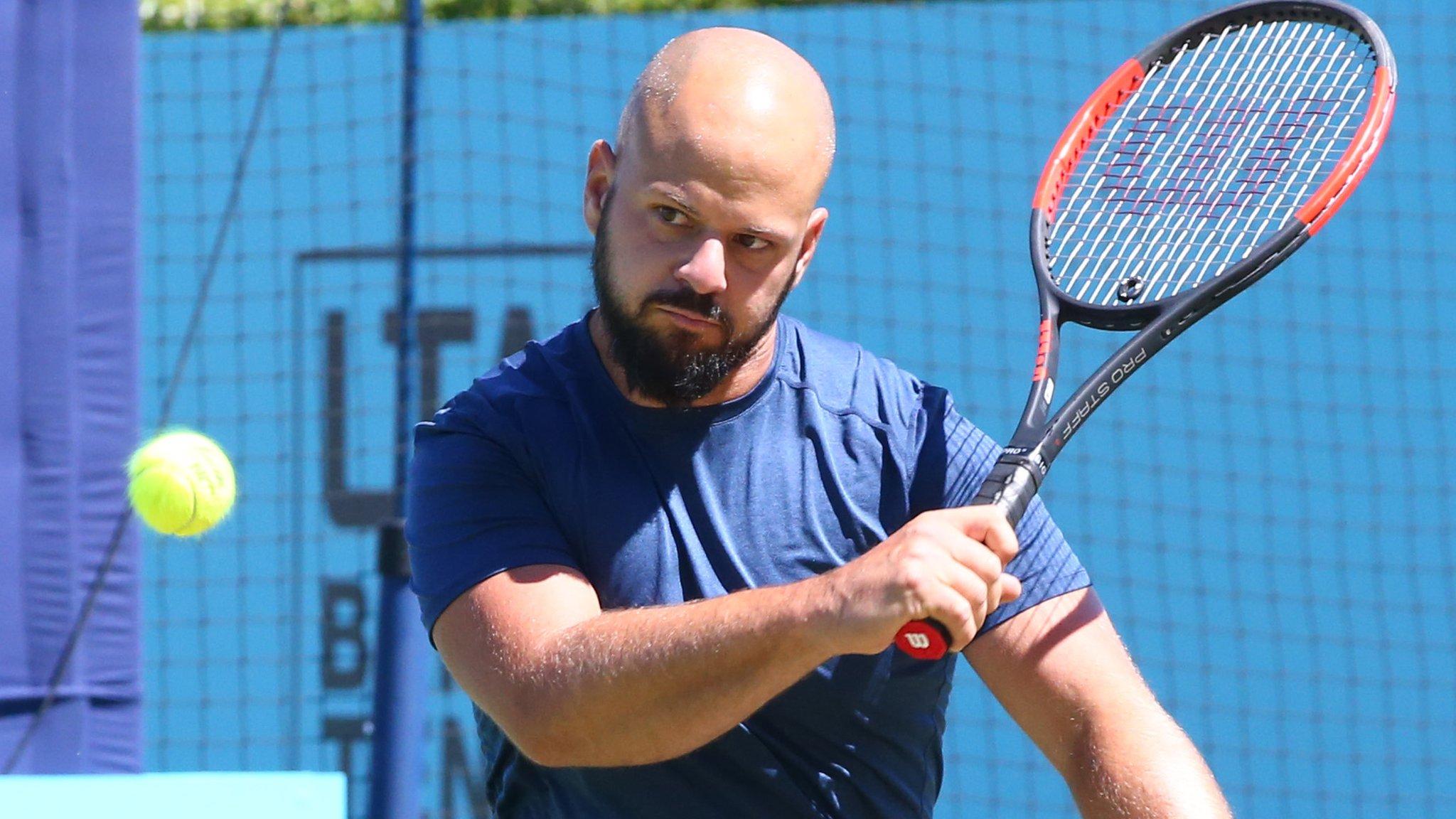 Olsson beats Houdet to win Queen's wheelchair singles