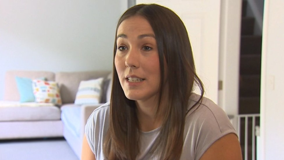 'Painful wait' for miscarriage support on Welsh NHS