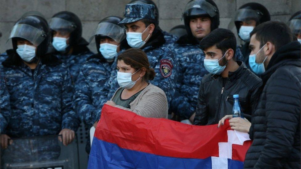 Nagorno-Karabakh: Armenian PM Ignores Ultimatum To resign