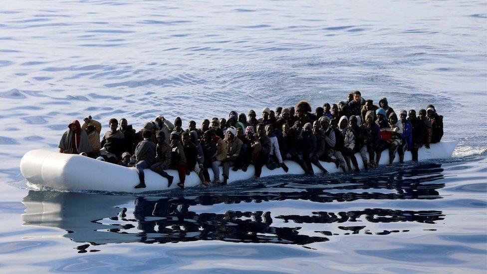 أزمة المهاجرين: غرق العشرات قبالة السواحل الليبية