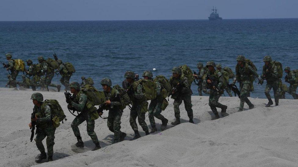 EUA advierte a China sobre militarización en Mar de China