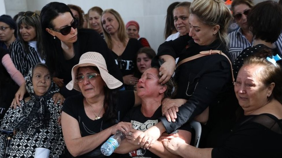Family of Israeli casualty mourn at funeral