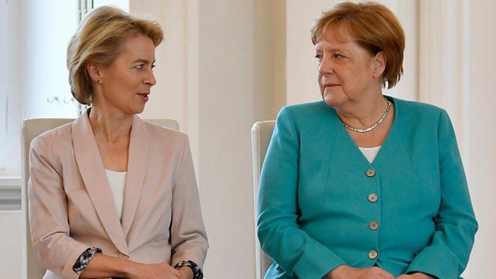 المستشارة الألمانية أنغيلا ميركل ورئيسة المفوضية الأوروبية أورسولا فان دير لاين