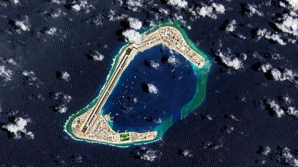 渚碧礁人工島