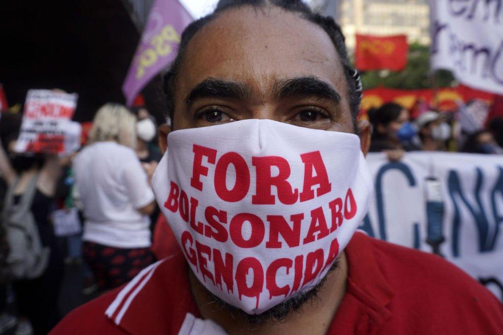 Manifestante en Avenida Paulista, en Sao Paulo.