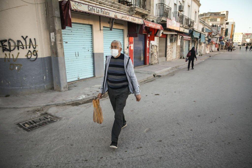 أجواء عيد الفطر في تونس في ظل الإغلاق العام. 13 مايو/أيار 2021