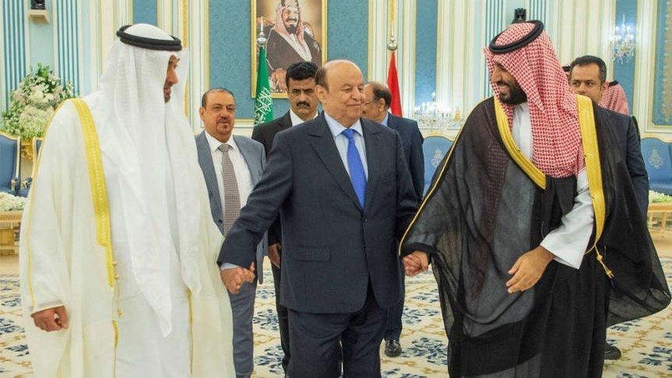 الرئيس اليمني بين ولي عهد السعودية وولي عهد أبو ظبي