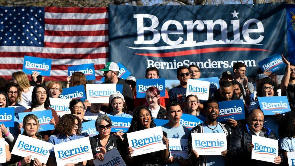 Asistentes a un mitin de Bernie Sanders.