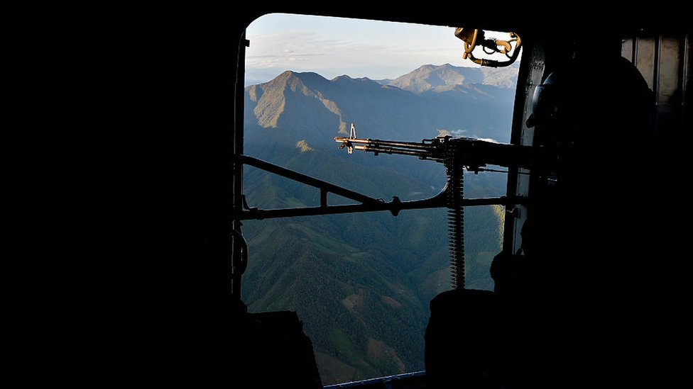 Avión para detectar minas en Colombia.