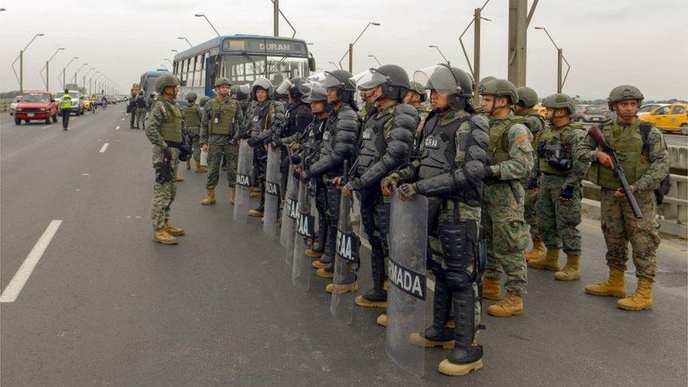 Militares en Guayaquil