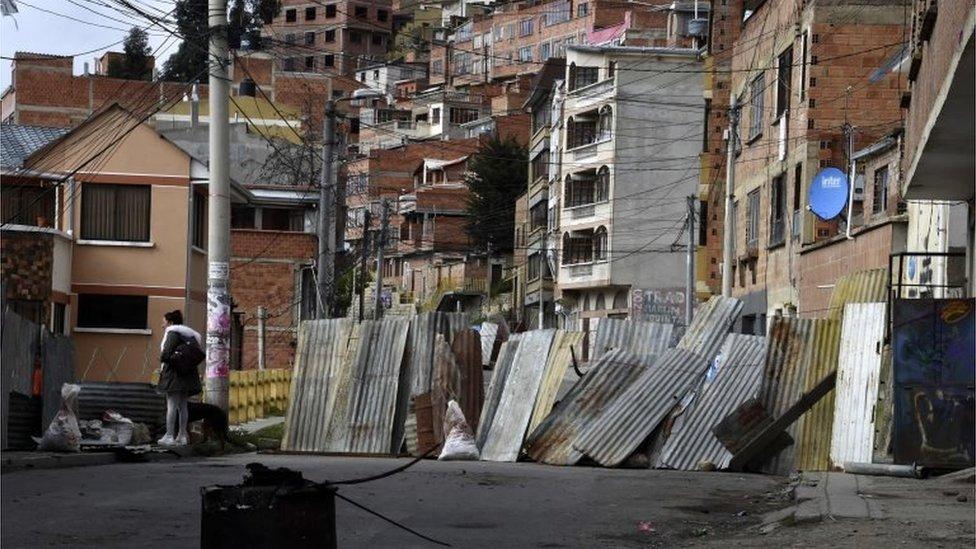 Una calle bloqueada en La Paz