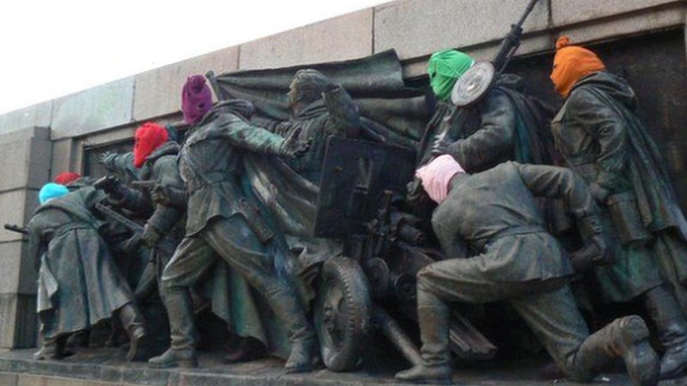 Spomenik 2013.