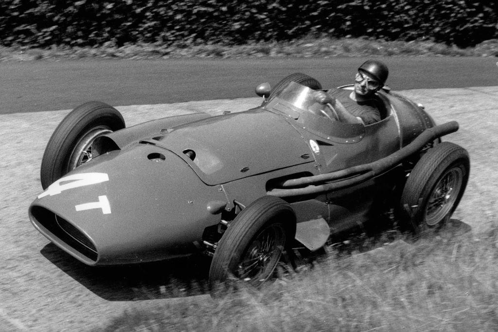 Juan Manuel Fangio en el Gran Premio de Alemania en 1957.