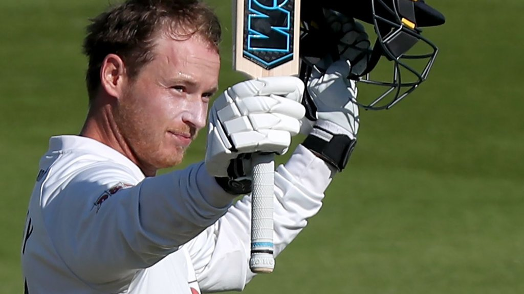 County Championship: Westley & Harmer tons forge big Essex lead over champions Surrey