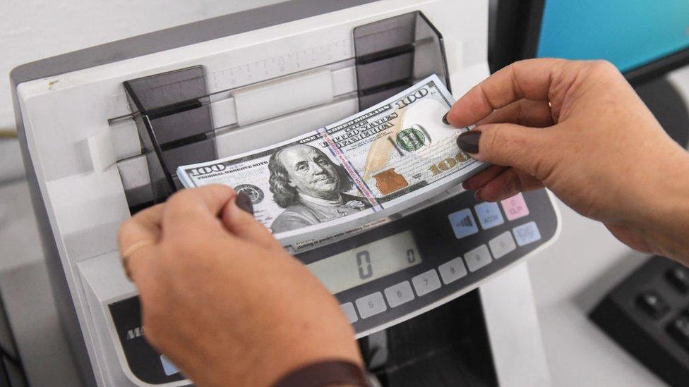 Máquina de contar billetes