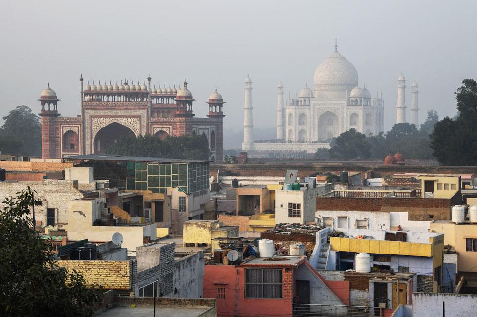 Taj Ganj, el pueblo que surgió a la par del Taj Mahal.