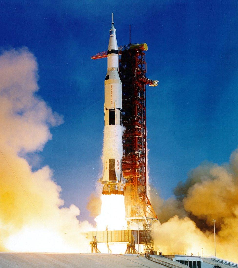 Lanzamiento del Saturno V