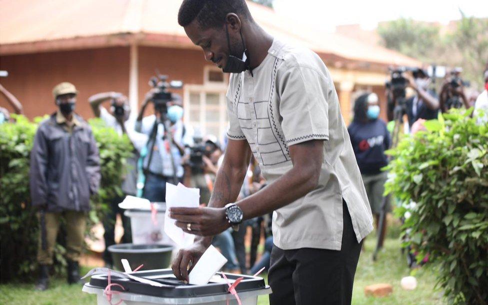 Bobbi Wine casts his vote on 14 January 2021