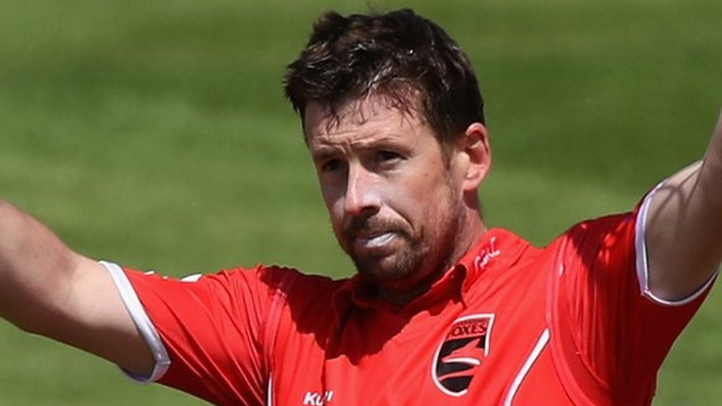 One-Day Cup: Paul Horton century helps Leicestershire beat Northamptonshire
