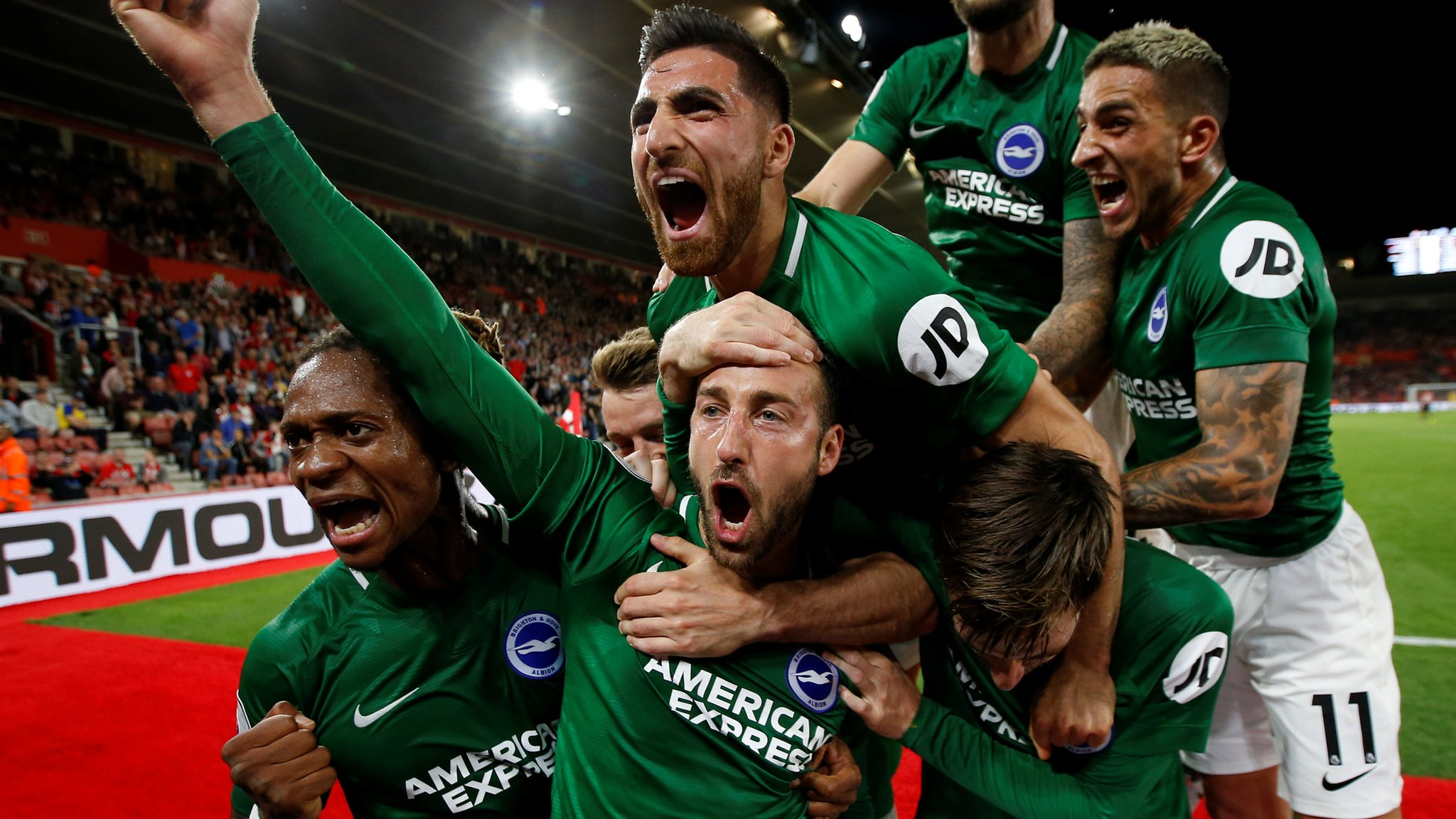 Southampton 2-2 Brighton & Hove Albion: Late Murray penalty seals point for Brighton