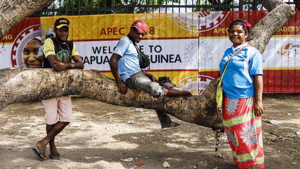 Papua Yeni Gineliler zirve için yapılan harcamaları aşırı bularak tepki göstermişti.