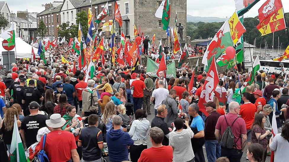 Thousands of people packed into the Maes - Castle Square - for the independence rally in Caernarfon, Gwynedd.