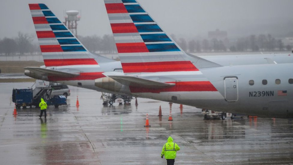 Trabajadores de American Airlines