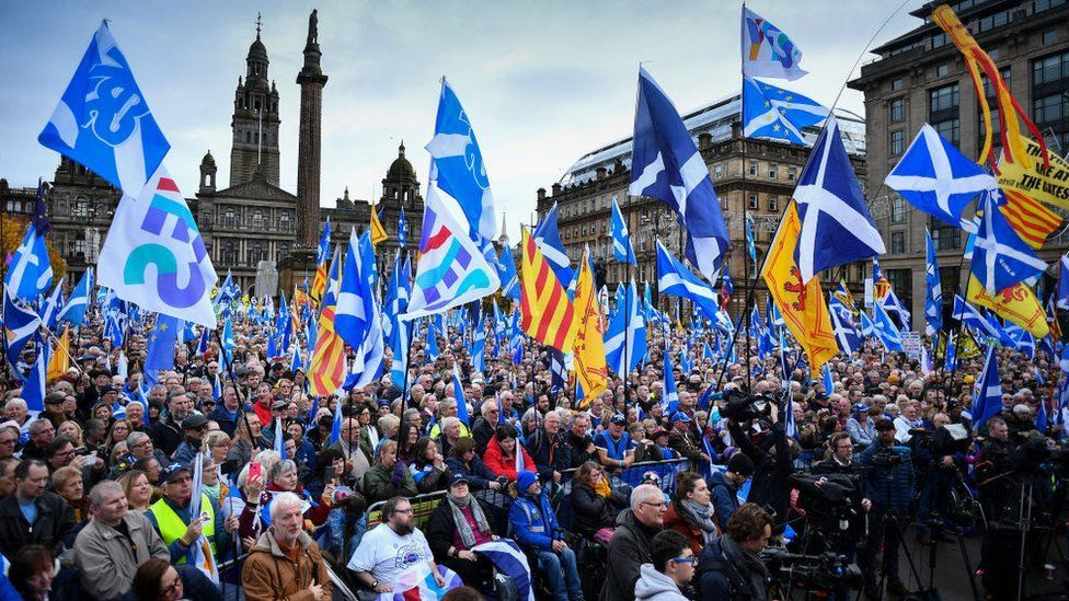 Son bir yıl içinde İskoçya'da bağımsızlık isteyenler çoğunlukta görünüyor