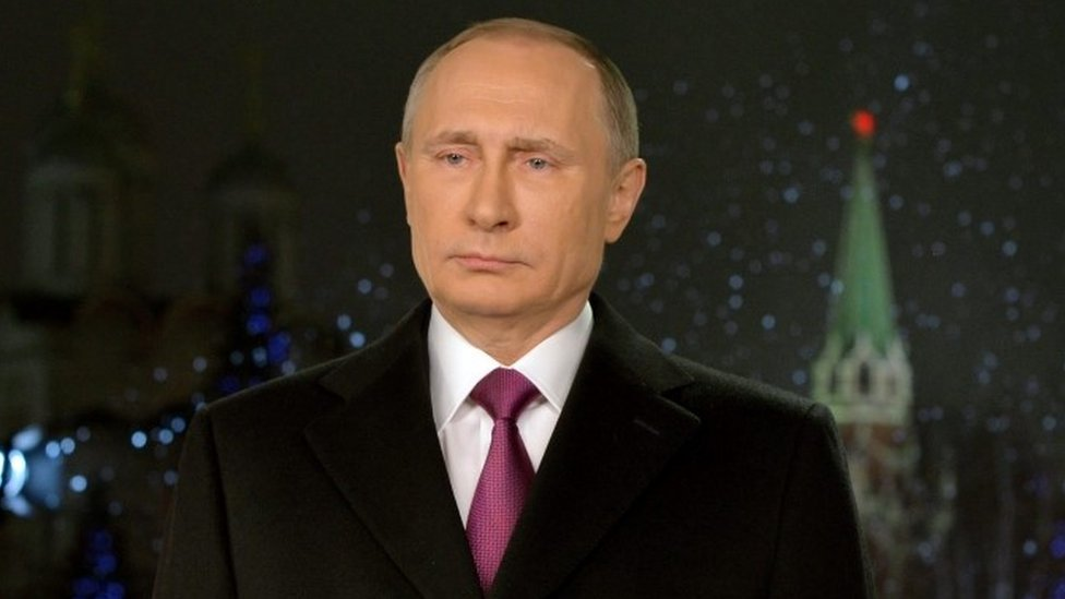 Russian President Vladimir Putin delivers his New Year address for Russians in the Kremlin (31 December 2015)