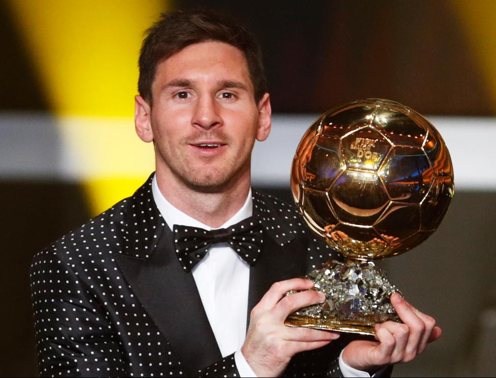 Messi con el Balón de Oro 2012.