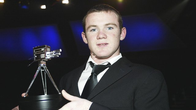 Wayne Rooney wins Young SPOTY 2002