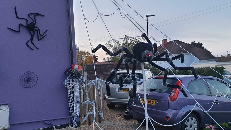 Becky Coles Bristol Halloween display Haunting of Holisters