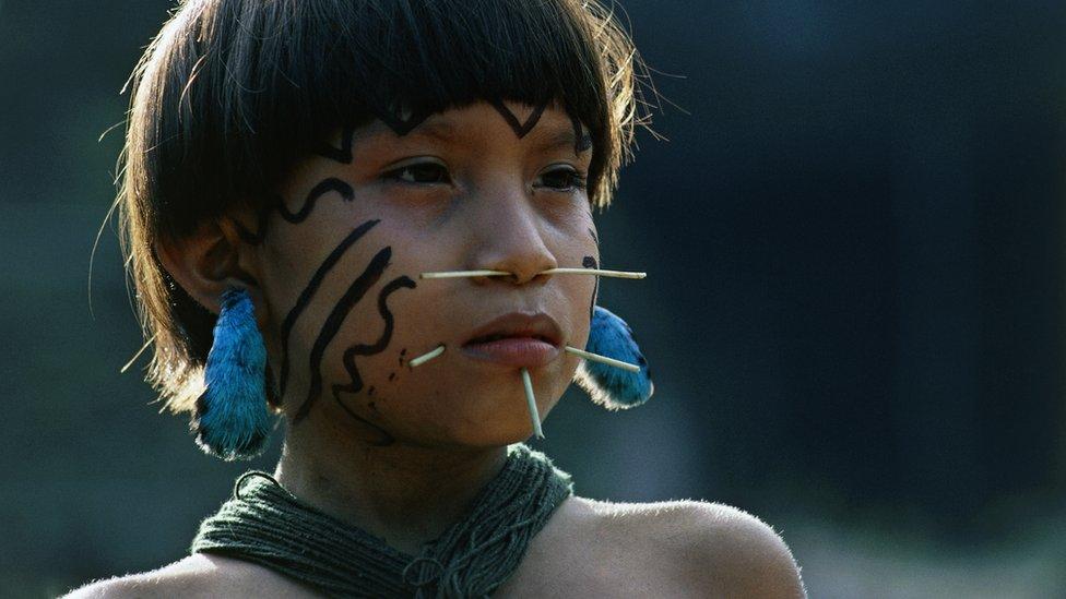Devojka iz plemena Janomami, amazonska kišna šuma, Venecuela